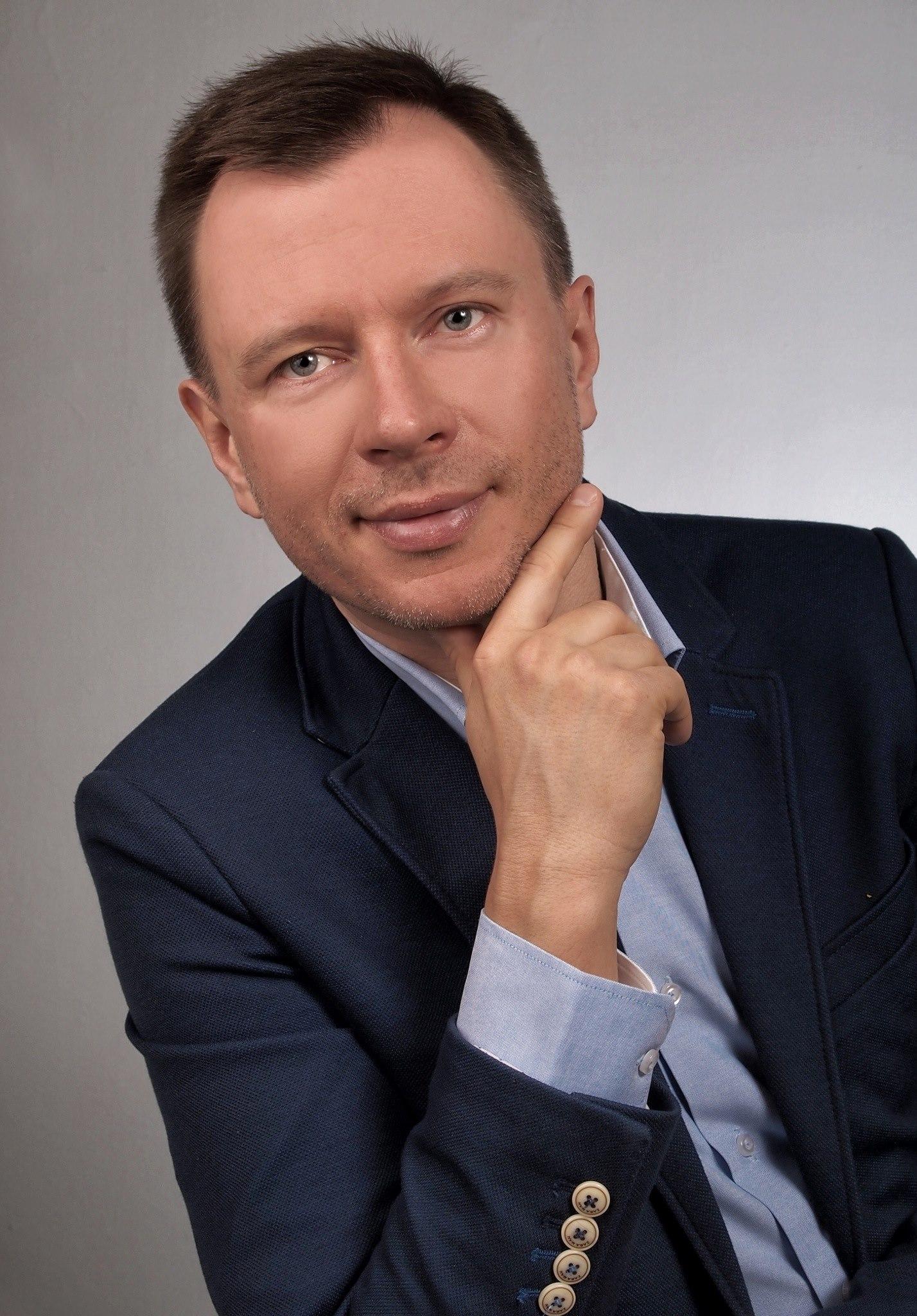 Dr Bartosz Grabski